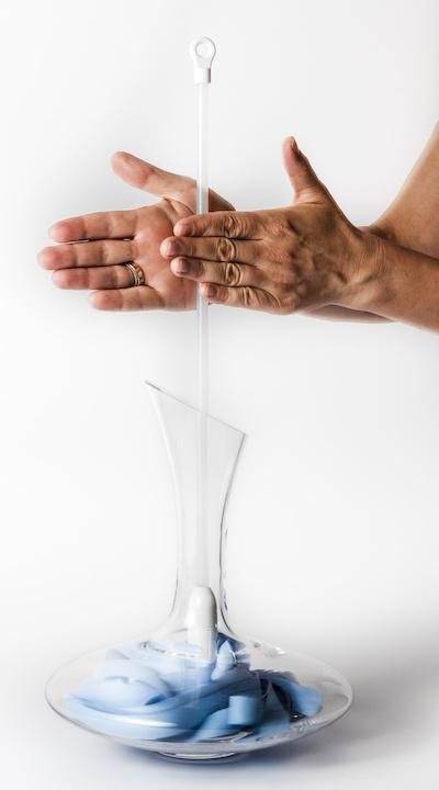 Dekanter trocknen Eisch Glas dritter Schritt