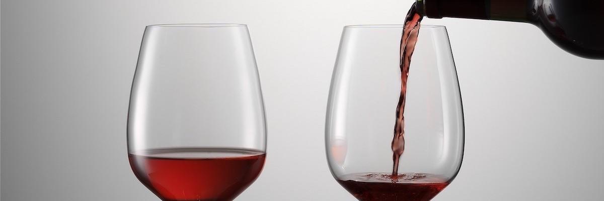 SENSISPLUS-Gläser mit Wein